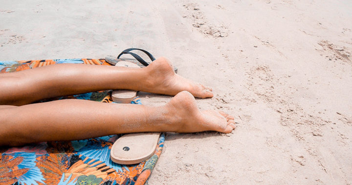 Physical Sunscreen vs. Chemical Sunscreen: The Difference